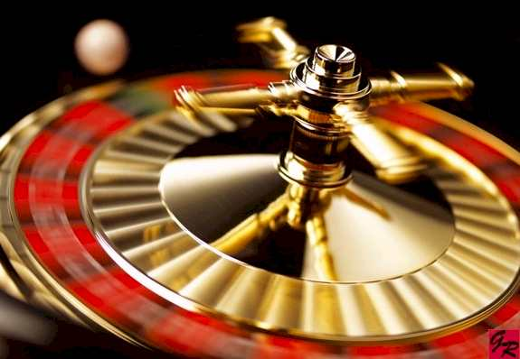 Play-roulette-game